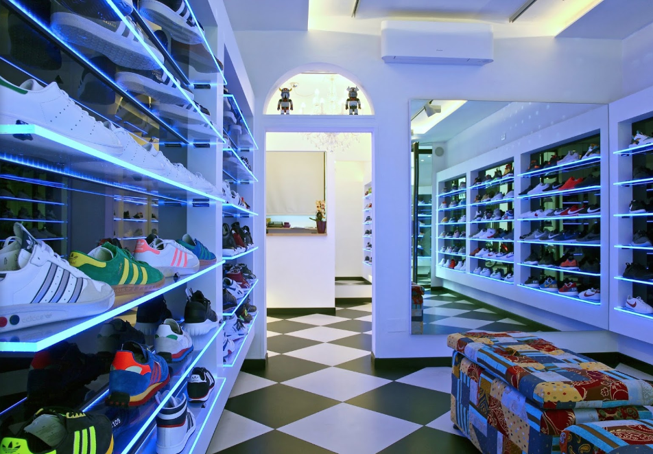 best sneakers af098 78e68 Four Great Sneaker Stores in Florence — We Are Basket