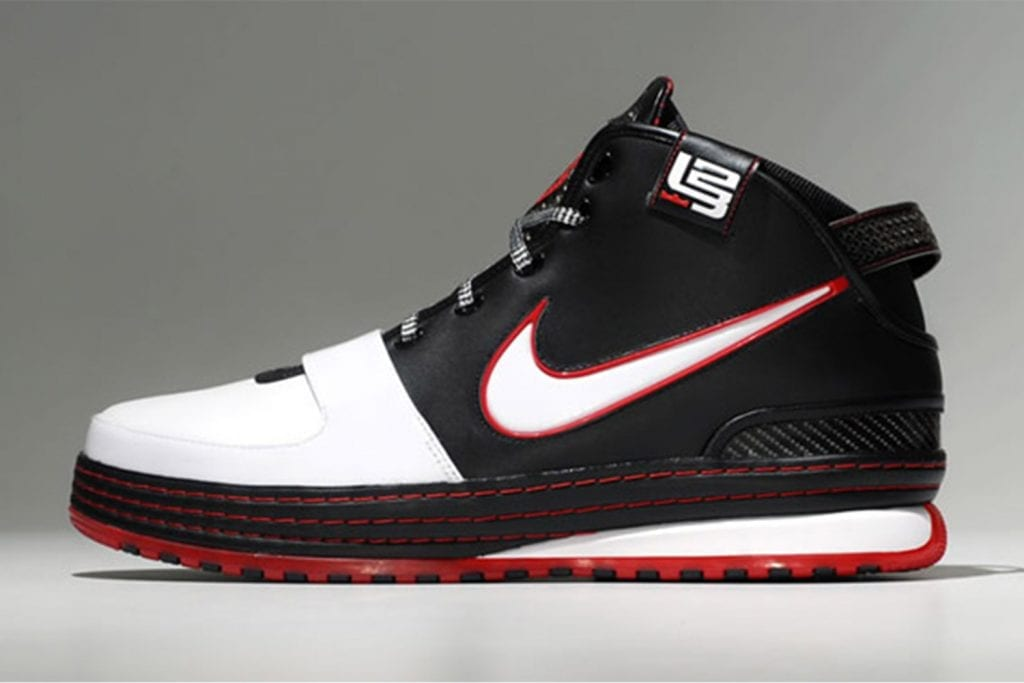 d41dc81fe0b Timeline of the signature LeBron James sneakers — We Are Basket